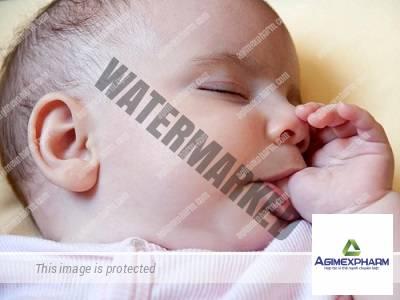 Ảnh hưởng khi trẻ ngậm mút tay – lời cảnh báo của bác sĩ nhi khoa