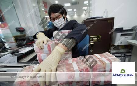Ngân hàng Trung Quốc khử trùng tiền mặt
